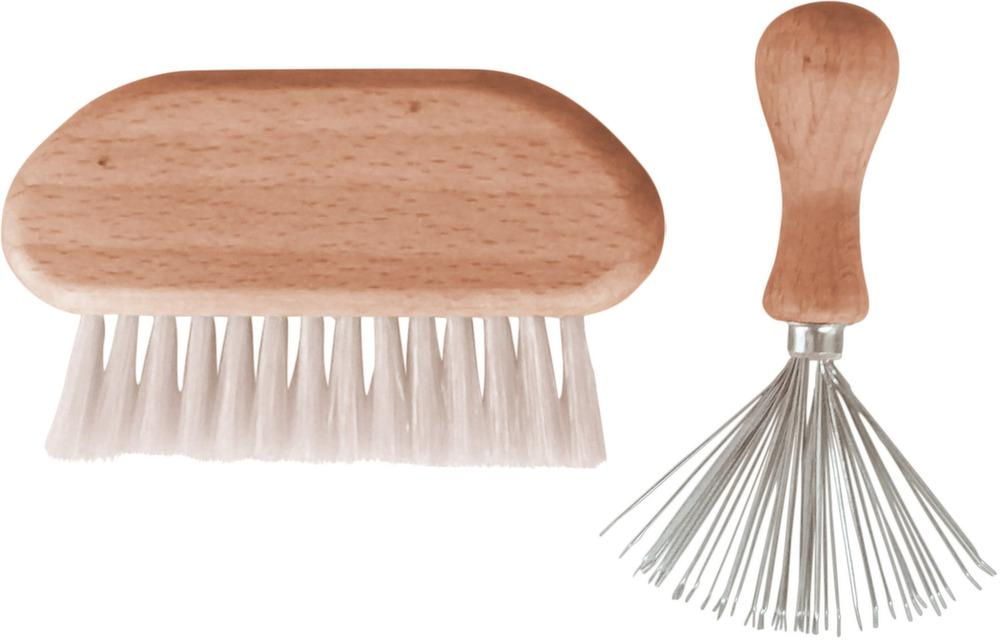 Un produit Jardindéco dans Télé Star - Set-nettoyage-peignes-brosses-blanc-02