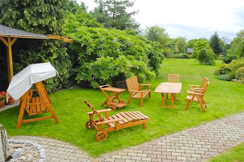 décorer un jardin meublé