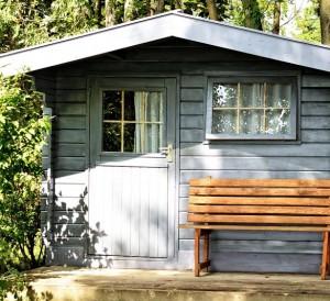 Un abri de jardin de qualité pour un extérieur rangé