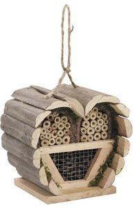 aménagement pour les animaux du jardin maison insectes
