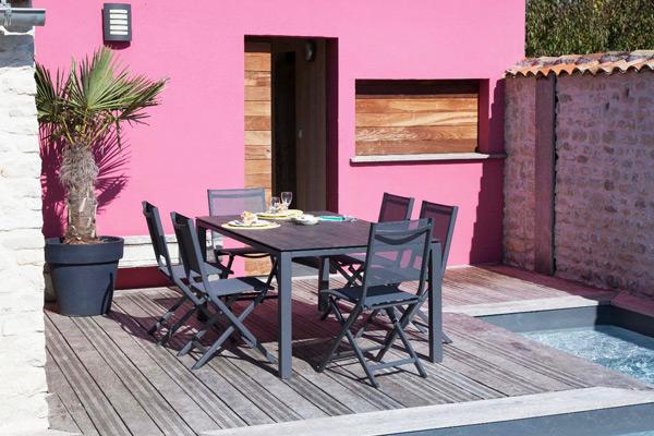best mobilier de jardin moderne photos awesome interior home satellite. Black Bedroom Furniture Sets. Home Design Ideas