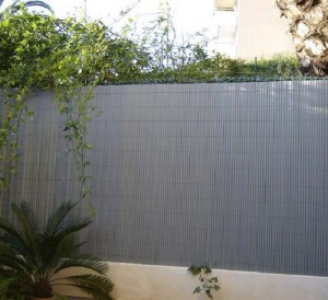 Cloture de jardin canisse PVC