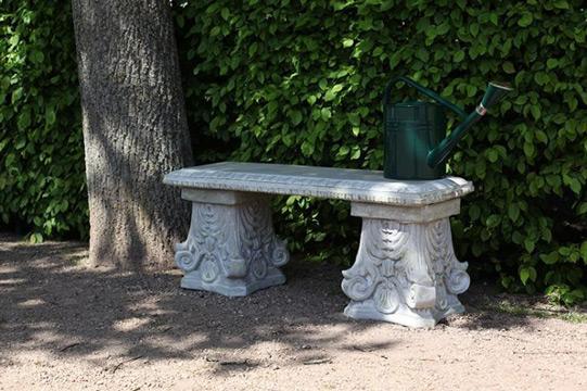 Aménager son extérieur avec un banc de jardin