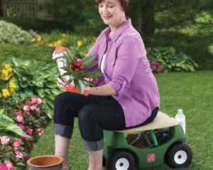 siège pour jardiner avec roulettes