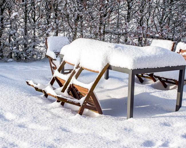 protéger le mobilier de jardin pour l'hiver